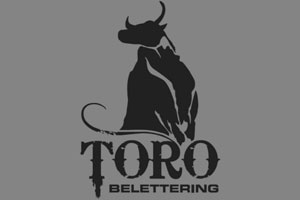Toro Belettering